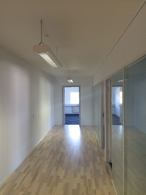 Erhvervs kontor 500 px